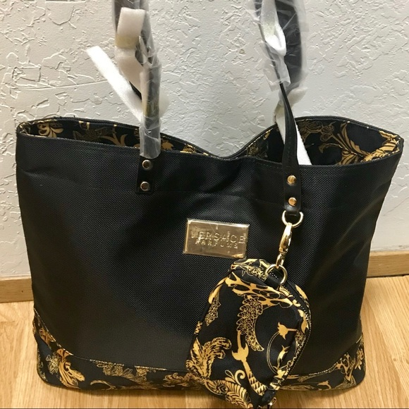 fd9871d0b7b2 Versace parfums black and gold tote set. NWOT. M 5b0495522ae12fc2c01643e8